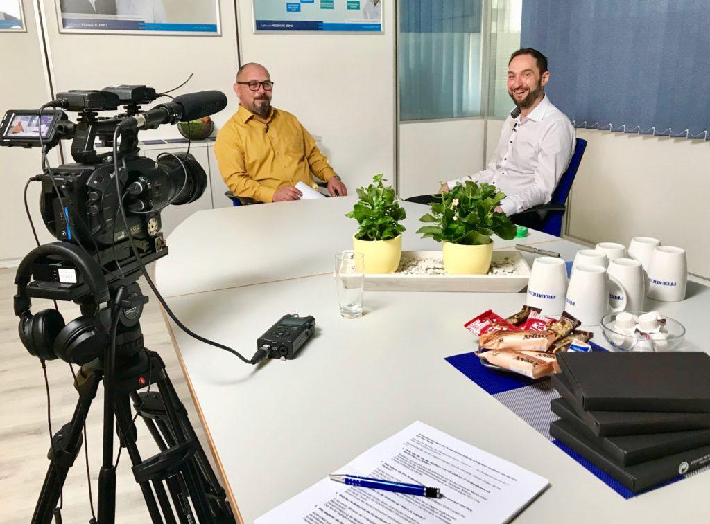 Im Gespräch - Gürcan Doguc (KIW) und Armin Leitner (Prodatic GmbH) beim Videodreh.